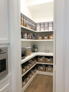 5 Awesome Pantries designed by Professional Organizers – Organized Life Design B… – Type Of Kitchen Storage Pantry Room, Pantry Closet, Walk In Pantry, Under Stairs Pantry, Small Pantry, Pantry Shelving, Pantry Storage, Shelving Ideas, Cabinet Storage