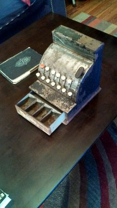 My baby rusted cash register. Cha ching!