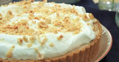 Image for Fryst hasselnöts- och chokladcheesecake Mousse Dessert, Pudding Desserts, Dessert Recipes, Roy Fares, Apple Crisp Cheesecake, Grandma Cookies, Cake Bites, Cupcakes, Fudge Brownies