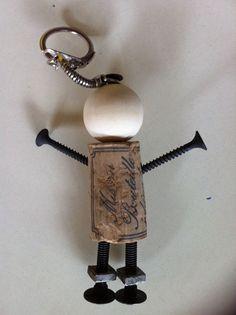 """Résultat de recherche d'images pour """"fete papa porte clé"""" Cork Crafts, Crafts To Do, Crafts For Kids, Antique Keys, Mother And Father, Father Sday, Fathers Day Crafts, Mini Things, Craft Sale"""