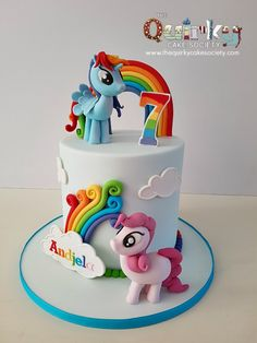 My little Pony Cake - The Quirky Cake Society Rainbow Dash Cake, Rainbow Dash Birthday, My Little Pony Birthday Party, Unicorn Rainbow Cake, Unicorn Cakes, Bolo My Little Pony, Cumple My Little Pony, My Little Pony Cupcakes, Cake Designs For Girl