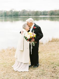 Granddaughter gave her grandparents a heartwarming photoshoot to celebrate  63 years of marriage 0d44991b866