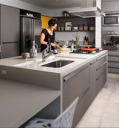 Cuba moldada: a pia é feita no próprio material da bancada. Pode ser de mármore, granito, silestone, limestone, corian, concreto e até madeira!