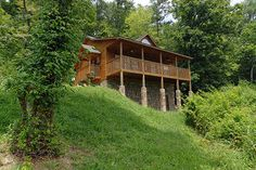 Pigeon Forge, TN: Pigeon Forge chalet rentals: Goose Gap area chalet 352 is a 1 bedroom, 1 full bath, 1 half bath chalet located about 3 miles from downtown Pigeon Forg... Vacation Rental