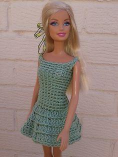 Barbies crochet dress pattern by linda Mary http://www.ravelry.com/patterns/library/barbies-crochet-dress