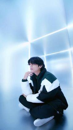 Kim Taehyung Funny, V Taehyung, Namjoon, Bts Gifs, Kpop Gifs, Bts Photo, Foto Bts, Bts Bangtan Boy, Bts Jimin