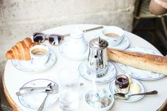 A guide to Le Marais: A Parisian& favourite neighbourhood. This Le Marais Neighbourhood Guide covers one of the fave Paris neighbourhoods loved by all. World Of Wanderlust, Wanderlust Travel, Must Do In Paris, Le Marais Paris, Paris Paris, Paris France, Paris Neighborhoods, Paris Bucket List, Best Afternoon Tea