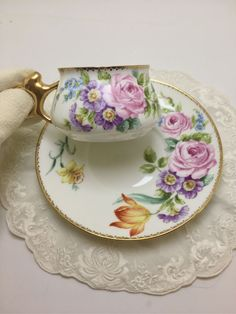 You will discover all types of cast iron pots, pans, frying pans, tea kettles, and even large dutch ovens. Those who consistently use cast iron swear by it's versatility and toughness. Victorian Tea Sets, Tea Sets Vintage, Vintage Cups, Cup And Saucer Set, Tea Cup Saucer, Cute Tea Cups, Teapots Unique, Antique China, Vintage China