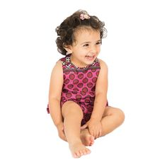 This Bambi Red Baby Bloomer by Babouka is inside lined with white kanga. Check out the collection of Babouka to get Baby Clothes for your children.