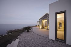 Villa Melana, a modern country house with breathtaking sea views in Tyros, Greece. Villa Melana is a collaborative project by the architects Valia Foufa Villas, Pierre Decorative, Greek House, Stone Cladding, Lokal, Detached House, Nice View, Facade, Architecture Design
