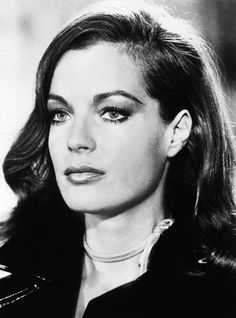 Romy Schneider  A natural beauty with so much talent... Died far too young