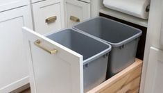 29 Clever Kitchen Organizing Ideas to Help Inspire You to Create Your Dream Kitcken Design My Kitchen, Grey Kitchen Designs, Kitchen Cabinet Design, Interior Design Kitchen, Diy Kitchen Storage, Kitchen Organization, Beautiful Kitchens, Cool Kitchens, Kitchen Modular