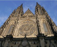 Up close and personal with St. Vitus Cathedral in Prague Castle. Prague Castle, Mosque, Czech Republic, Barcelona Cathedral, Building, Places, Prague Czech, Travel, Beautiful