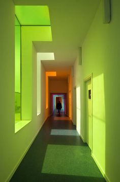 Green interior Educational Centre in El Chaparral / Alejandro Muñoz Miranda Architecture Design, Building Architecture, Light In, Green Photo, Style At Home, Shades Of Green, Green And Orange, Bright Green, Neon Yellow
