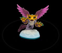 Skylanders Swap Force - Female character - Scratch comes in First Edition only.
