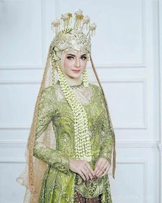Muslimah Wedding Dress, Hijab Style Dress, Hijab Wedding Dresses, Bridesmaid Dresses, Bridal Hijab, Bridal Gowns, Wedding Hijab Styles, Hijab Fashion, Fashion Dresses