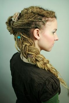 Dreadlocks hairstyle Bine Dreads // all of these are gorgeous and i miss my dreads