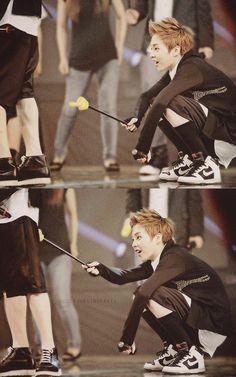 EXO Xiumin ...LOL #exo  ...Baozi, what are you doing? -_-