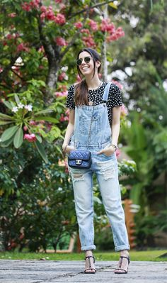 50 denim outfit ideas to upgrade your look 10 Jumper Outfit, Denim Outfit, Jeans Jumpsuit, Denim Overalls, Casual Jeans, Casual Chic, Blue Jeans, Looks Jeans, Best Street Style