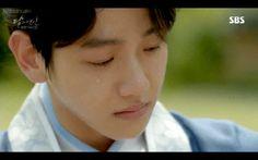 #wattpad #- ❝ Será que um bom garoto, consegue mudar um garoto mau? Baekhyun vem de uma família de pessoas ricas e fortemente religiosas, e quando seus pais decidem se mudar para uma nova cidade, ele acaba conhecendo Park Chanyeol; o garoto mau que iria mudar tudo o que o Byun conhecia. ❞ [ᴄʜᴀɴʙᴀᴇᴋ] all rights...