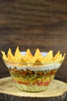 Sałatka meksykańska Guacamole, Decorative Bowls, Ethnic Recipes, Party, Food, Essen, Parties, Meals, Yemek