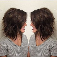 Brunette : Bob : Lob : Beach Waves. when i see all these wavy bob hairstyles and haircuts it always makes me jealous I absolutely love this wavy bob hairstyle and haircut so pretty! Perfect for fall and winter!!!!!