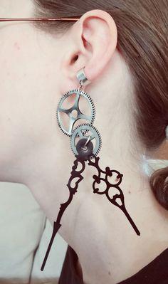 Single en laiton et noir Clockwork Steampunk Ear par CostumeBitz