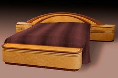 Art Deco style bed - This is a good example of the difference between Art Deco (very linear) and Art Nouveau (use of nature in the design). Art Nouveau Furniture, Fine Furniture, Antique Furniture, Plywood Furniture, Modern Furniture, Furniture Design, Art Deco Stil, Art Deco Home, Art Et Architecture