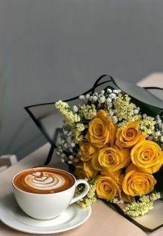 Coffee Shot, Coffee Cafe, Coffee Drinks, Coffee And Books, I Love Coffee, Good Morning Coffee, Coffee Break, Image Couple Amoureux, Coffee Photography