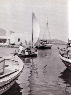 Naoussa Paros in the Greece Pictures, Old Pictures, Old Photos, Vintage Pictures, Paros Greece, Athens Greece, Naoussa Paros, Greece Tours, Greece History