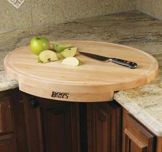Corner cutting board that won't slip all over| Amanda Palafox, REALTOR | The Robyn Porter Group | Your Real Estate Agent for Life® | Washington DC metro area | call/text 202-236-4431; email amanda@robynporter.com |
