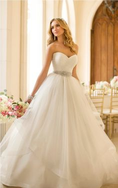 80% OFF Wonderful Sweetheart Beading Waist A Line Shirred Organza Court Train Ppen Back Wedding Dress In Uk
