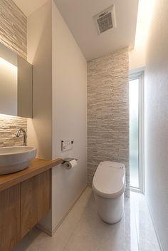 Bathroom Inspiration Modern, Bathroom Decor, Bathroom Remodel Master, Bathroom Makeover, Rustic Bathrooms, Washroom Design, Rustic Modern Bathroom, Bathroom Design, Toilet Design