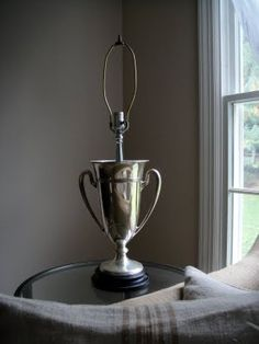 YES YES YES!!!  now, where can I find one of these trophies?!? trophy lamp  here's what to do w random trophy!