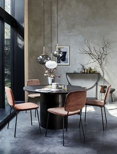 House Doctor Pillar dining table black wood ✓ Biggest House Doctor collection ✓Fast delivery ✓Safe payment (afterwards) days return House Doctor, Black Round Dining Table, Black Table, Living Room Scandinavian, Danish Interior Design, Danish Design, Plywood Furniture, Design Furniture, Dining Room Design