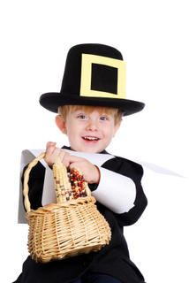 Thanksgiving Math Lessons: Count Your Blessings! - Thanksgiving math can be a way to delve into the true meaning of the holiday. Thanksgiving Quiz, Thanksgiving History, Thanksgiving Preschool, Thanksgiving Parties, Thanksgiving Costume, Thanksgiving Blessings, Music Activities, Autumn Activities, Kids Songs