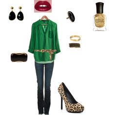 Such a fun holiday party outfit! A great way to rock the Leopard Print without overdoing it!