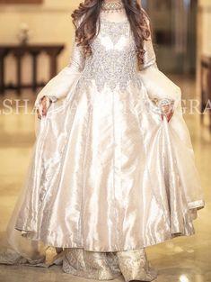Brides sister at the engagement Pakistani Wedding Outfits, Pakistani Dresses Casual, Pakistani Wedding Dresses, Pakistani Dress Design, Nikkah Dress, Casual Party Dresses, Wedding Dresses For Girls, Formal Dresses, Shadi Dresses