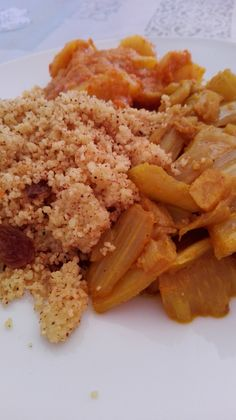 Cous-cous de acelgas con patatas a lo pobre. Cereal, Grains, Rice, Breakfast, Recipes, Food, Traditional Kitchen, Potatoes, Hipster Stuff