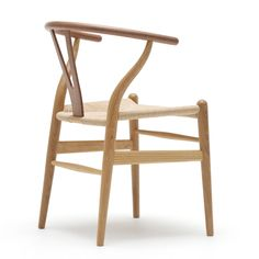 Wishbone chair CH24 by Hans J Wegner - Carl Hansen & Søn