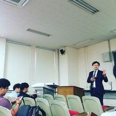 트위터와소셜네트워크 수업중!
