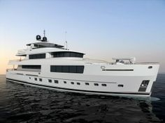 FOY 36 from Fifth Ocean Yachts