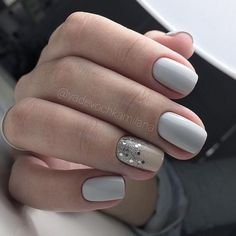 Opting for bright colours or intricate nail art isn't a must anymore. This year, nude nail designs are becoming a trend. Here are some nude nail designs. French Manicure Acrylic Nails, Square Acrylic Nails, Acrylic Nail Designs, Nail Art Designs, Nail Manicure, Nail Polish, Nails Design, Manicure Ideas, French Nails