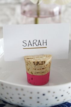 I thought this could work & use colors that compliment our wedding scheme. The Vault Files: DIY File: Color dipped cork placecard holders Diy Place Settings, Wedding Place Settings, Cork Crafts, Easy Crafts, Cork Place Cards, Party Food Labels, Wedding Name Cards, Diy Wedding, Wedding Ideas
