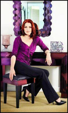 Beautiful and classy...Priscilla