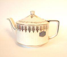Sadler Teapot Engish Tea Pot Creamy White with by HouseofLucien