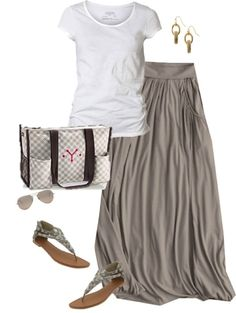 Thirty-One Gifts - There is something to be said about going neutral. This outfit is easy breezy and when you take of those sandals to feel the sand between your toes the Organizing Utility Tote $30 is the perfect catch-all! #ThirtyOneGifts #ThirtyOne #Personalization www.morethanabag. com