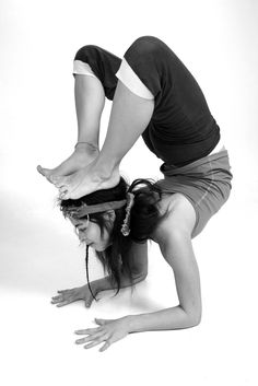 #yoga #pose ♥ More inspiration at: http://www.valenciamindfulnessretreat.org .