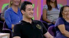 O apresentador Marcos Veras usando Jonny Size