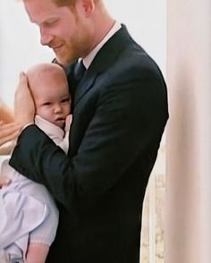 Prince Charles And Diana, Prince Harry And Megan, Prince Philip, Princess Meghan, Princess Margaret, Prince And Princess, Duchess Kate, Duke And Duchess, The Queens Children